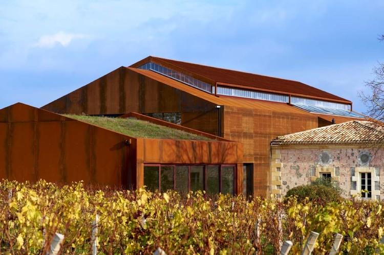 Chateau Barde-Haut Winery / Nadau Lavergne Architects, © Philippe Caumes