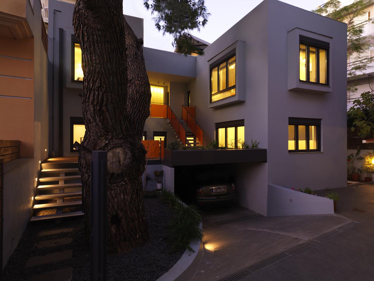 Residence in Aghia Paraskevi / Architects Unfolding + Kiki Kelesidou, © Stathis Mamalakis