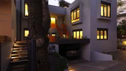 Residence in Aghia Paraskevi / Architects Unfolding + Kiki Kelesidou