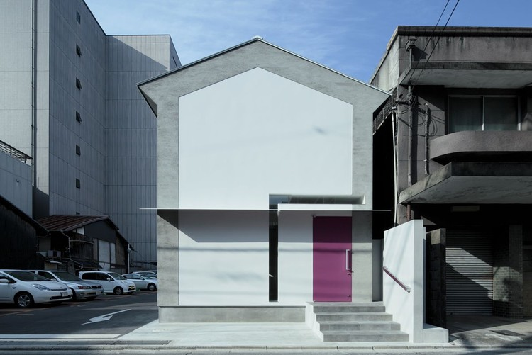 Keyhole House / EASTERN Design Office, © Koichi Torimura
