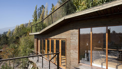 House in Pirque / 332 Arquitectos