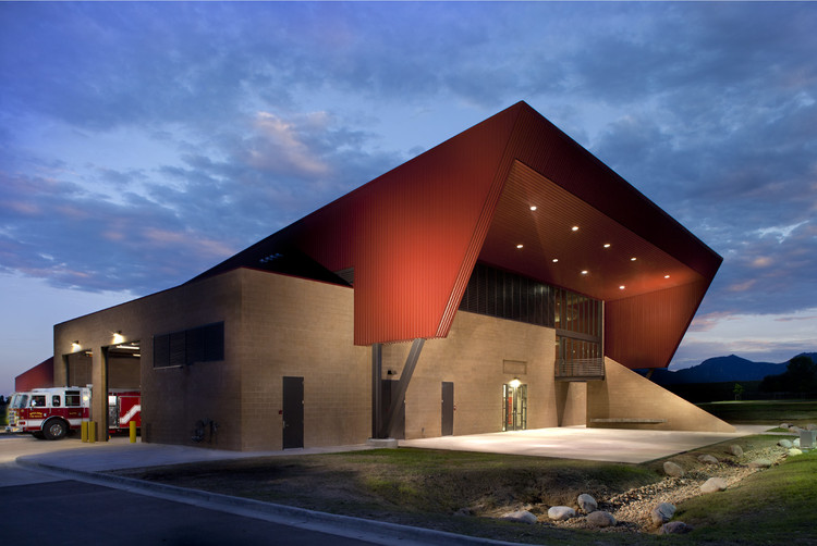 Boulder Regional Fire Training Facility / Roth Sheppard Architects, © Roth Sheppard Architects