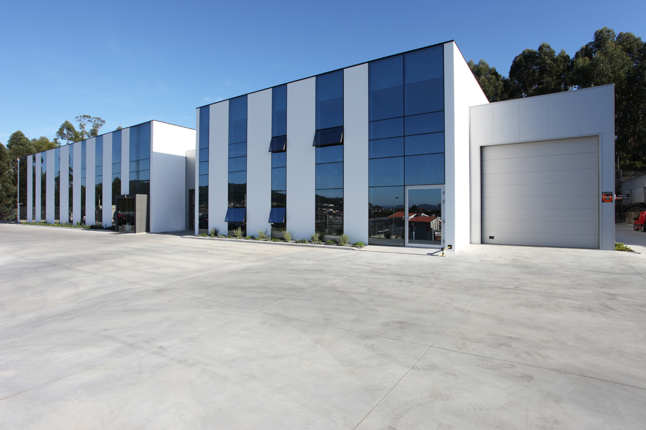 Barata Garcia Headquarters / Arqmarket, © Osvaldo Coutinho / Asymmetric Studio