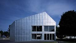 Le Point du Jour Art center / Éric Lapierre Architecture