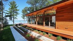 Higgins Lake House / Jeff Jordan Architects