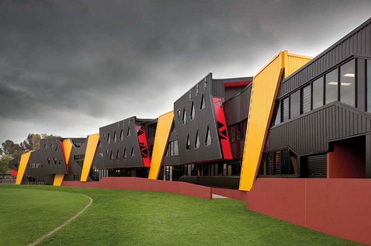 Punt Road Oval Redevelopment / Suters Architects, © Emma Cross