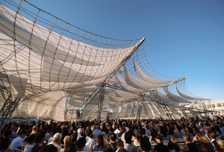 Netscape: SCI-Arc Graduation Pavilion 2011 / Oyler Wu Collaborative, Courtesy of Oyler Wu Collaborative