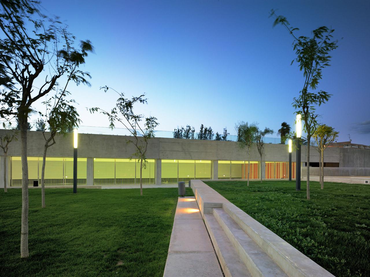 Palmaret-Alboraya Train Station / Rstudio, © David Frutos