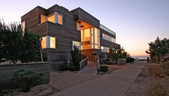 House on Fire Island / Resolution: 4 Architecture
