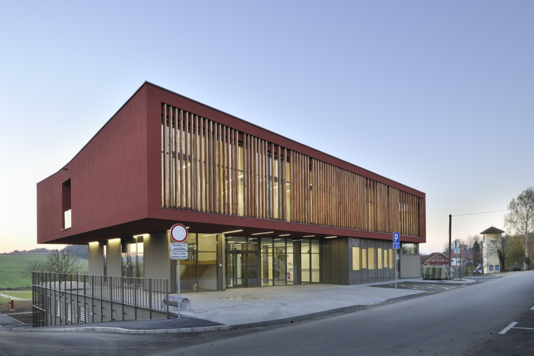 The Hodoš Centre for the Elderly / Ravnikar Potokar, © Miran Kambič