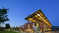 Okanagan College Centre of Excellence in Sustainable Building Technologies and Renewable Energy Conservation / CEI