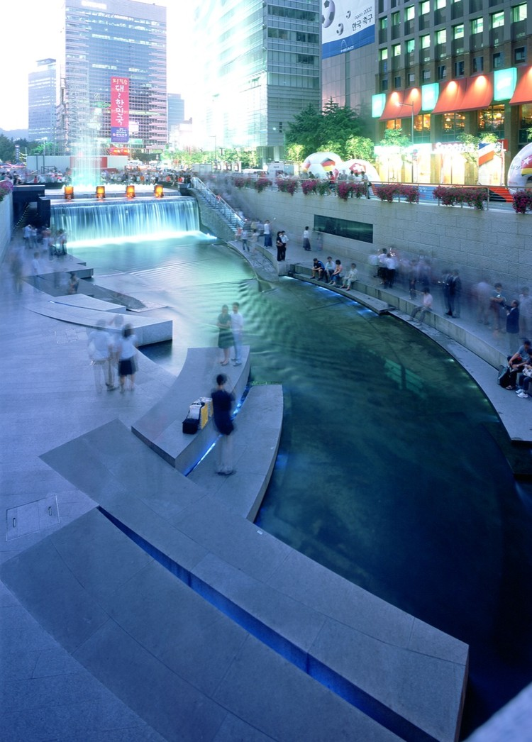 ChonGae Canal Restoration Project / Mikyoung Kim Design, © Taeoh Kim