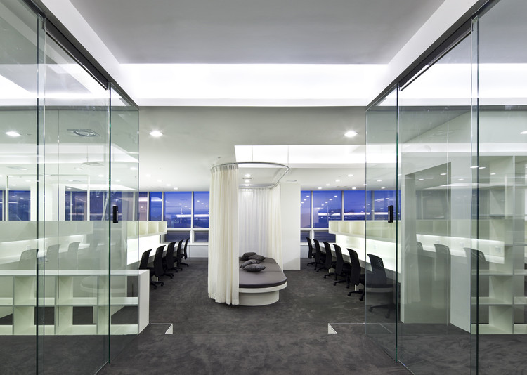 Social Incubating Center / Hyunjoon Yoo Architects, © Seunghoon Yum