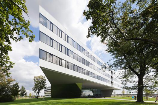Adidas Laces / kadawittfeldarchitektur