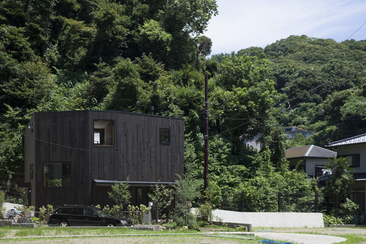 Kiti / mihadesign, © Shinkenchiku Sha