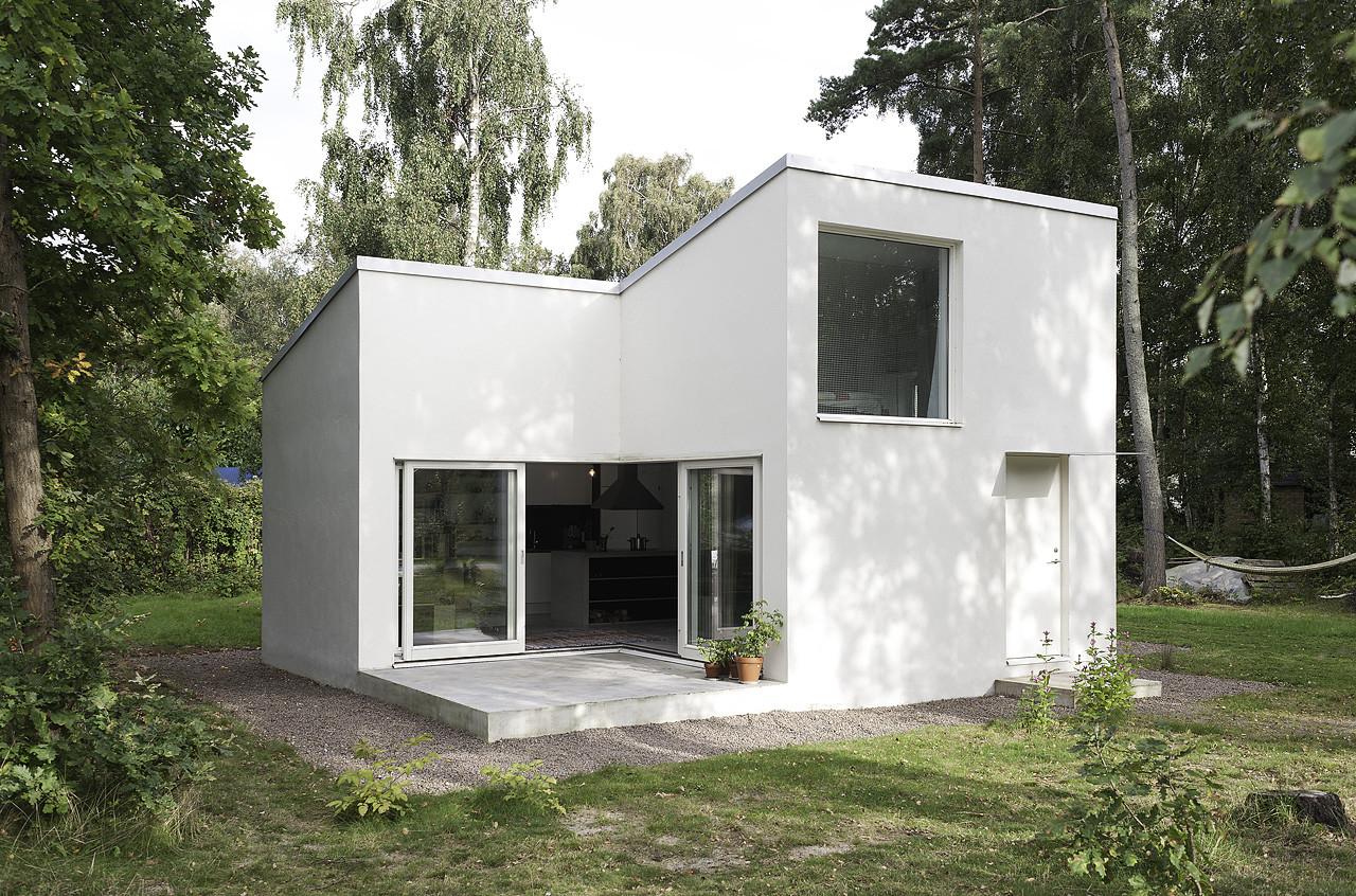 Small Swedish House Courtesy Of Dinelljohansson