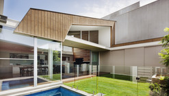 Richmond House 01 / Rachcoff Vella Architecture