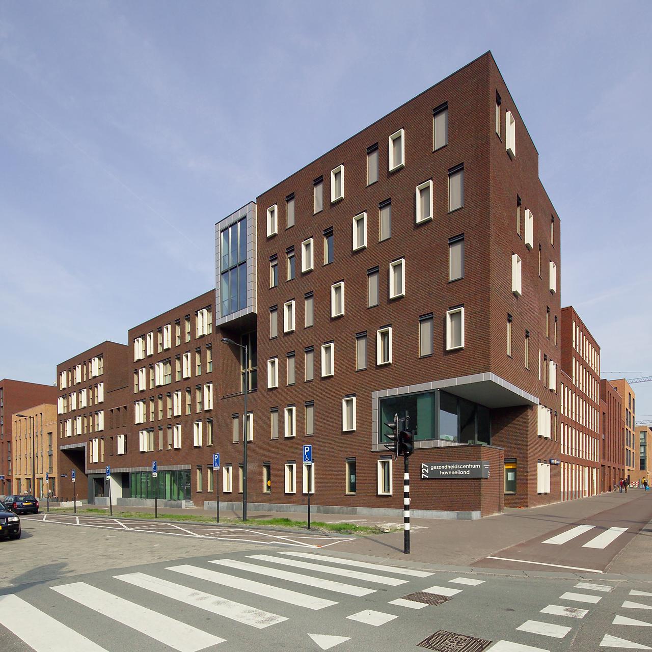 Healthcare Centre IJburg / LEVS Architecten, Courtesy of  levs architecten