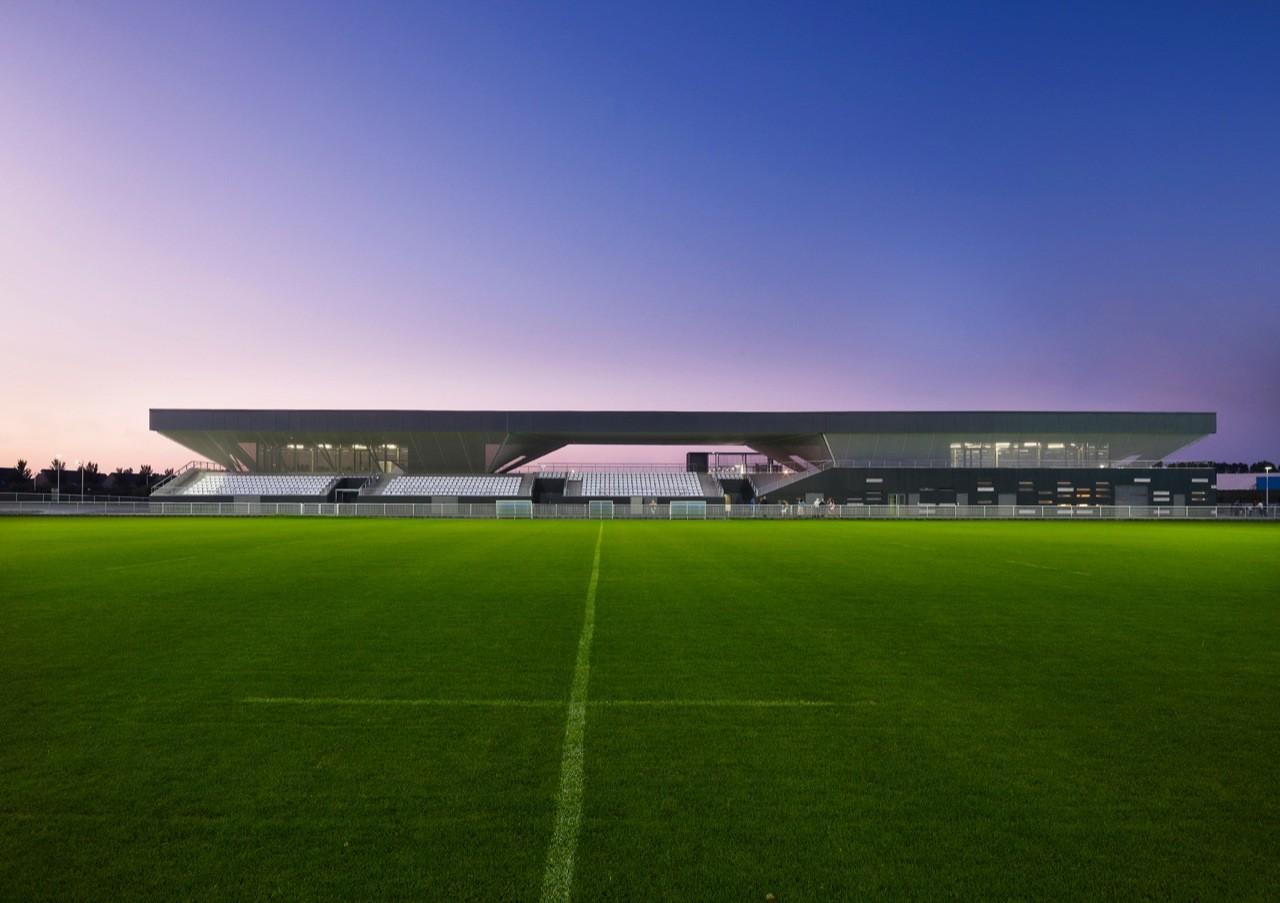 Stadium du Littoral / OLGGA Architects, © Julien Lanoo
