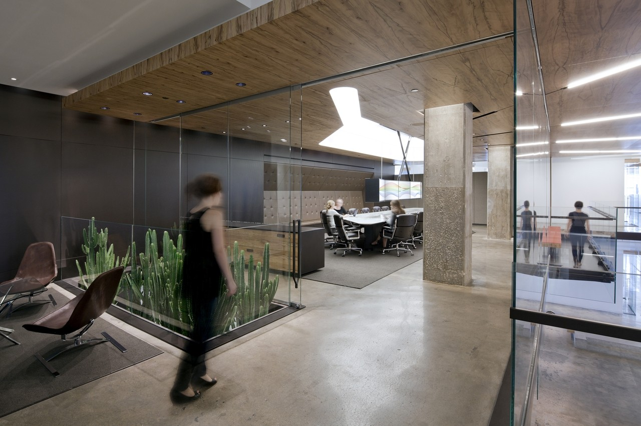 Gallery of horizon media office a i architecture 3 for Best industrial design companies