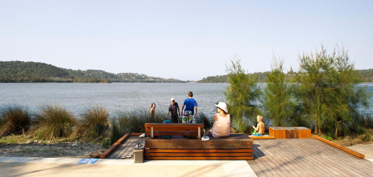 Narrabeen Lagoon Multi-use Trail Stage 1 / ASPECT Studios, © Simon Wood