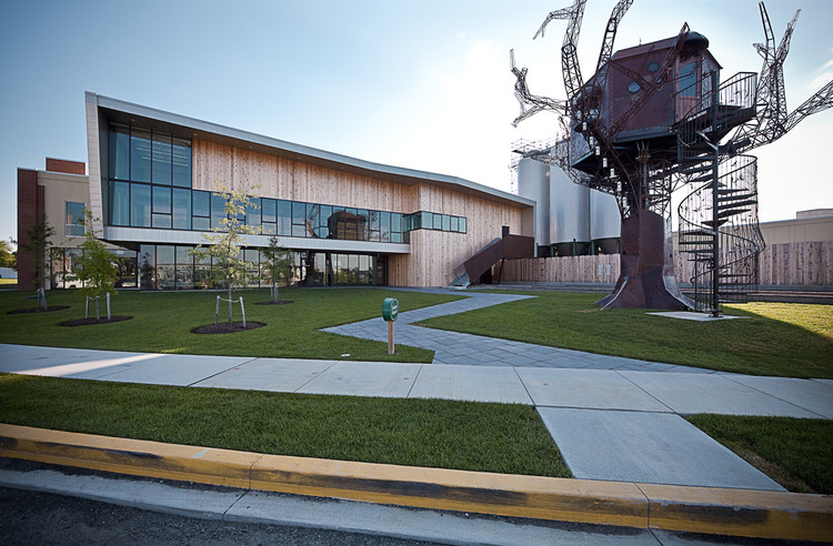 Dogfish head brewery digsau archdaily for Brewery layout software