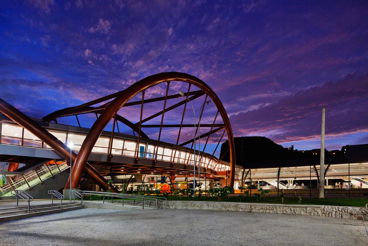 Cidade Nova Metro Station and Footbridge / JBMC Architecture, © Nelson Kon