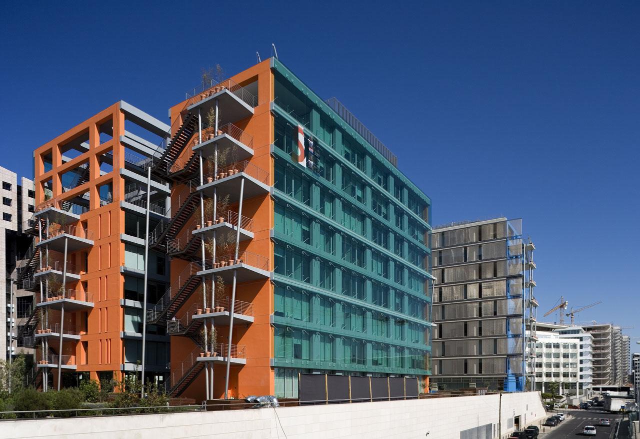 Flashback: Mar Mediterrâneo & Mar Vermelho Office Buildings / IDF - Ideias do Futuro, Courtesy of  idf - ideias do futuro