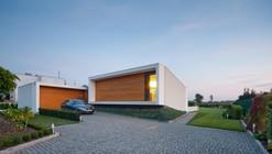 House with ZERO Stairs / Przemek Kaczkowski  + Ola Targonska