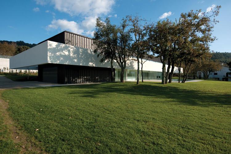 House in Bom Jesus / Topos Atelier de Arquitectura, © Xavier Antunes