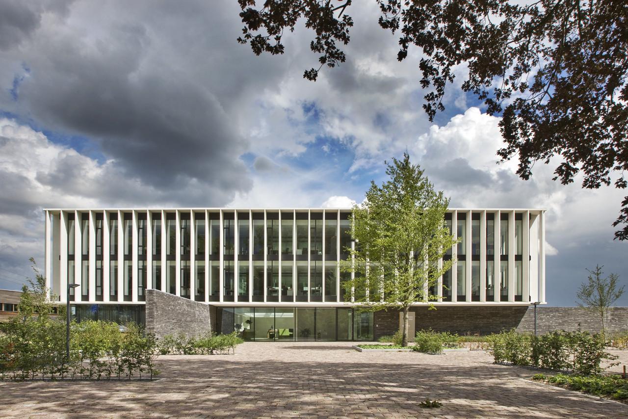 Witlox Van den Boomen new Headquarters / Van den Pauwert Architecten, © Norbert van Onna