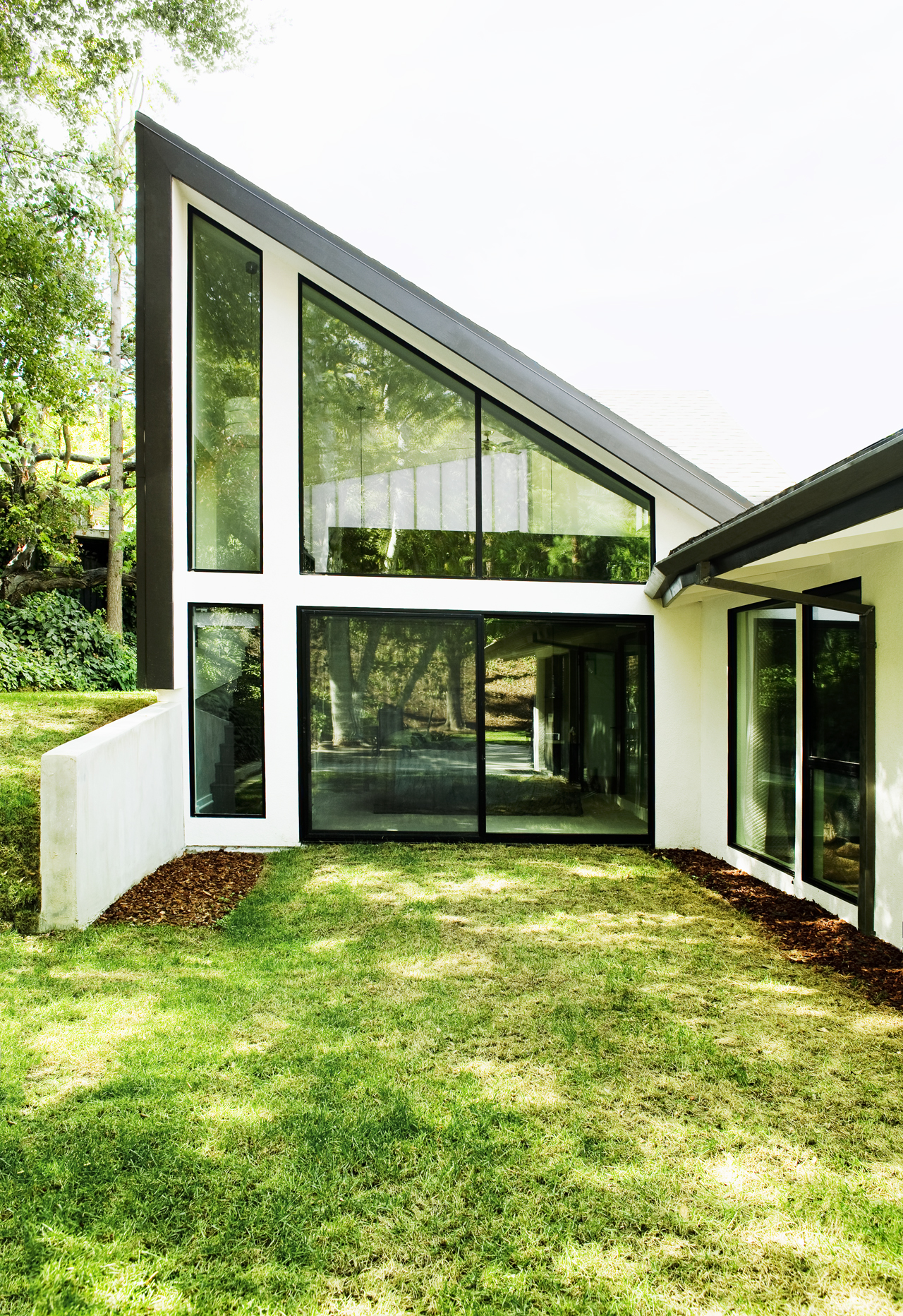 Sherman Oaks Residence / Warren Techentin Architecture, © Nicholas Alan Cope