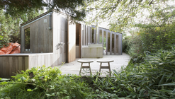 The Poplar Garden House / Onix