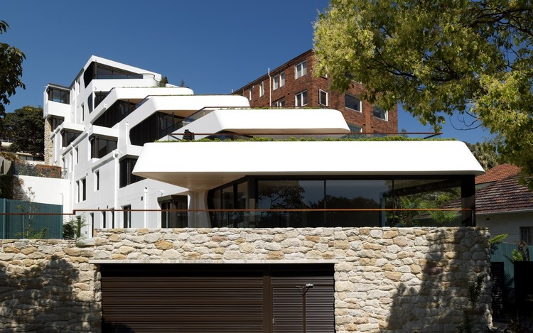 Benelong Crescent Apartments / Luigi Rosselli, © Justin Alexander