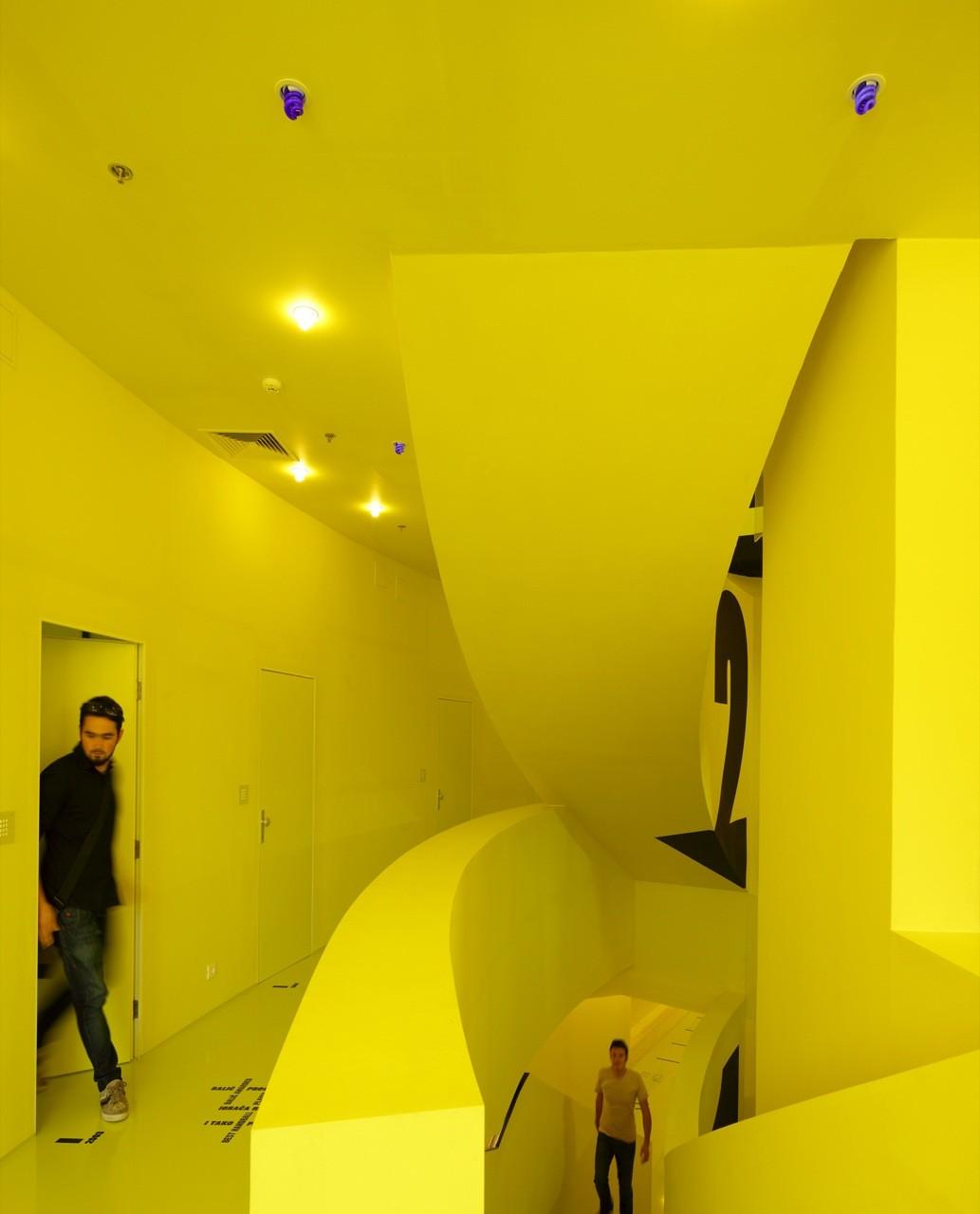 Hostel Golly±Bossy / Studio Up, © Robert Leš