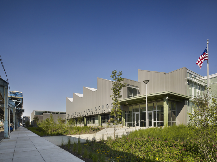 The Kensington Creative and Performing Arts High School / SMP Architects and SRK Architects, © Halkin Mason Photography