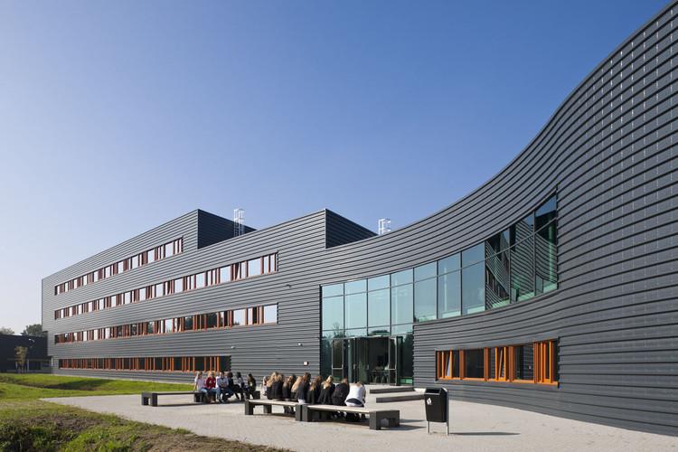 Zwijsen College / Jeanne Dekkers Architectuur, © Daria Scagliola+Stijn Brakkee