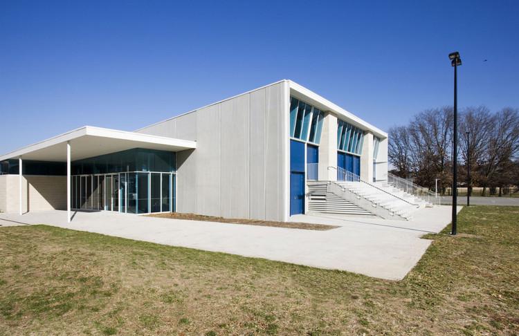 Lyneham Performing Arts Centre / HBO+EMTB, © Ben Wrigley - Photohub