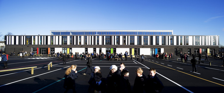 St. Joseph's Primary School / Paul Stallan Studio, © Keith Hunter