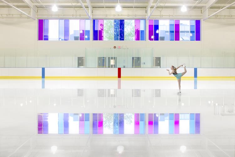 Killarney Ice Rink + Lobby / Acton Ostry Architects, © Nic Lehoux