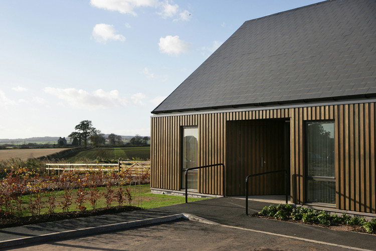 Care Housing / Oliver Chapman Architects, © Angus Bremner & Paul Zanre
