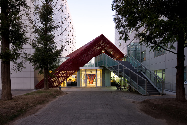 Exit 45 / Chiasmus Partners, © Youngchae Park