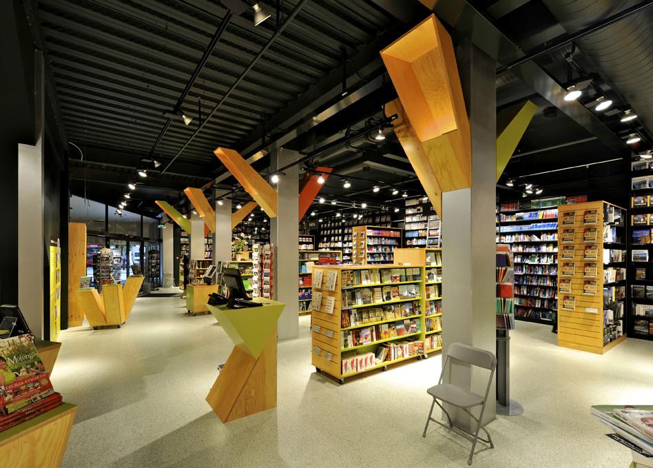 Tanum Karl Johan Bookstore / JVA, Courtesy of  jva