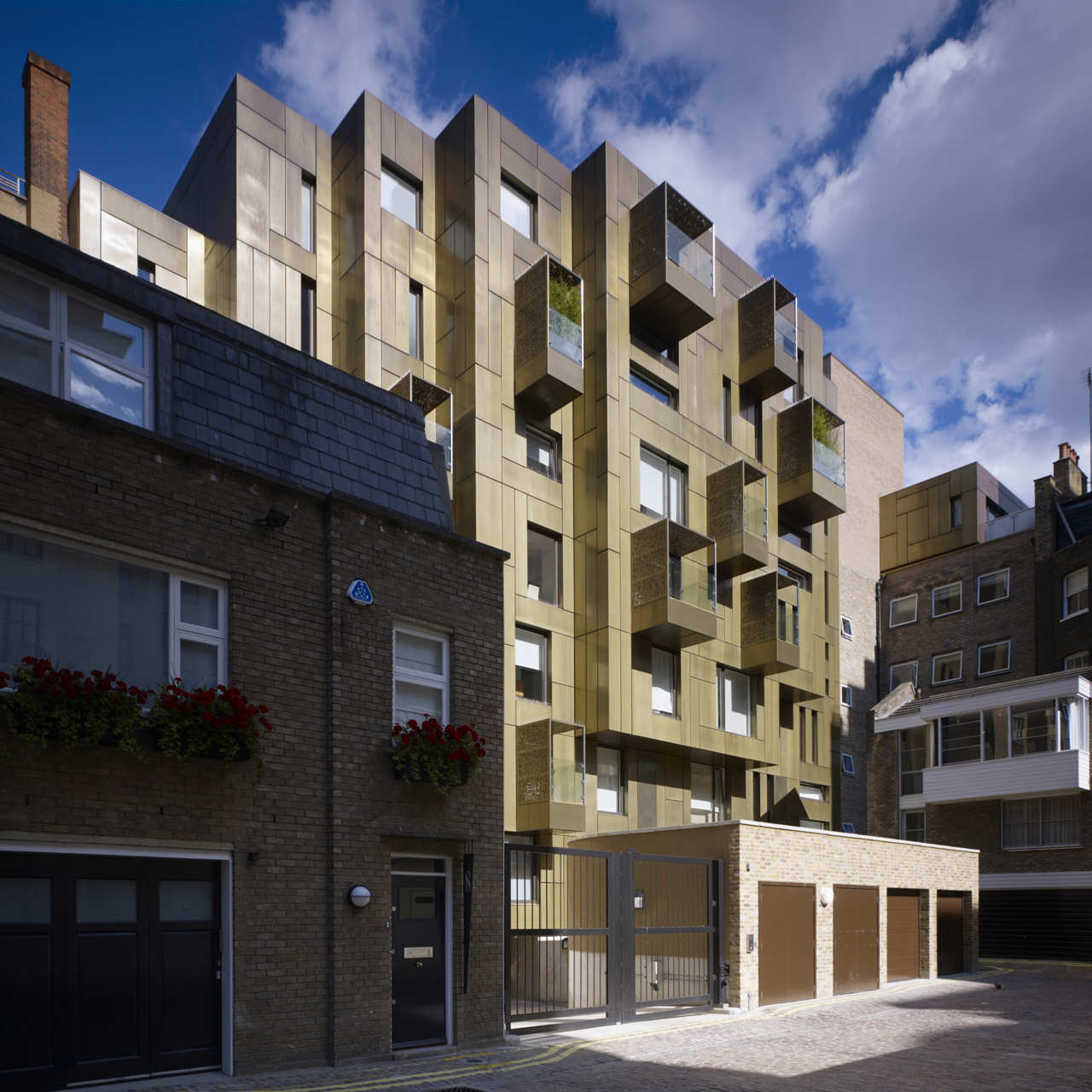 10 Weymouth Street / Make Architects, © Zander Olsen