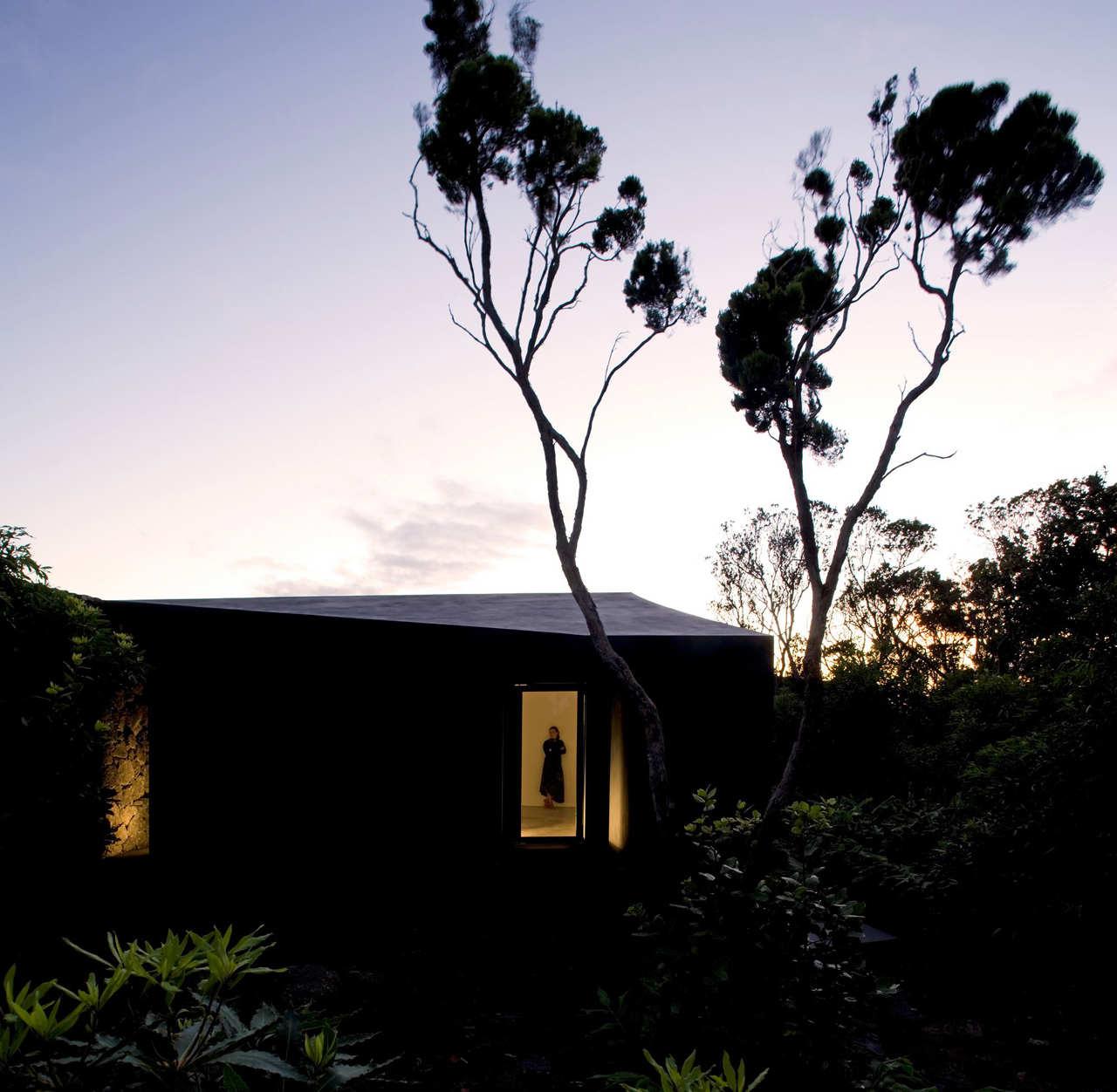 Gruta das Torres Visitor Centre / SAMI-architectos, © FG + SG architectural photography