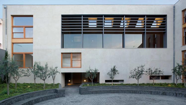 Sabadell housing renovation cruz y ortiz arquitectos - Arquitectos sabadell ...