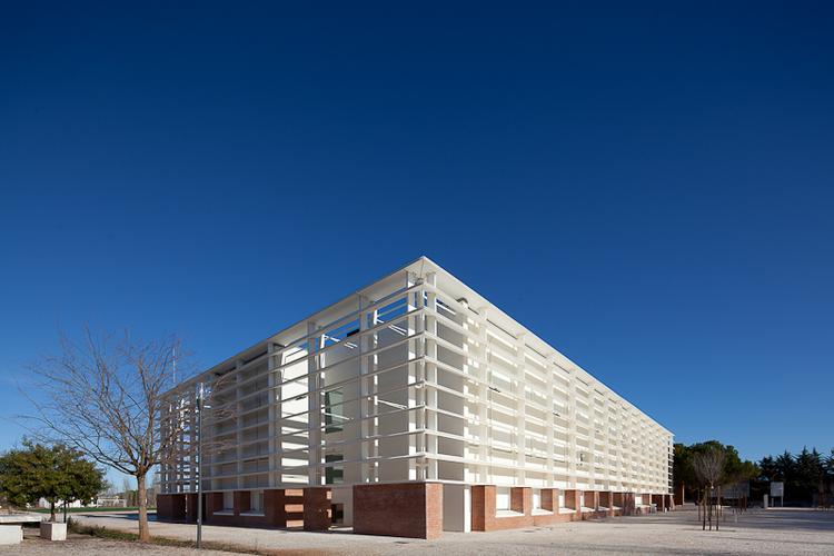 Vila Vicosa School / Cândido Chuva Gomes, © José Campos