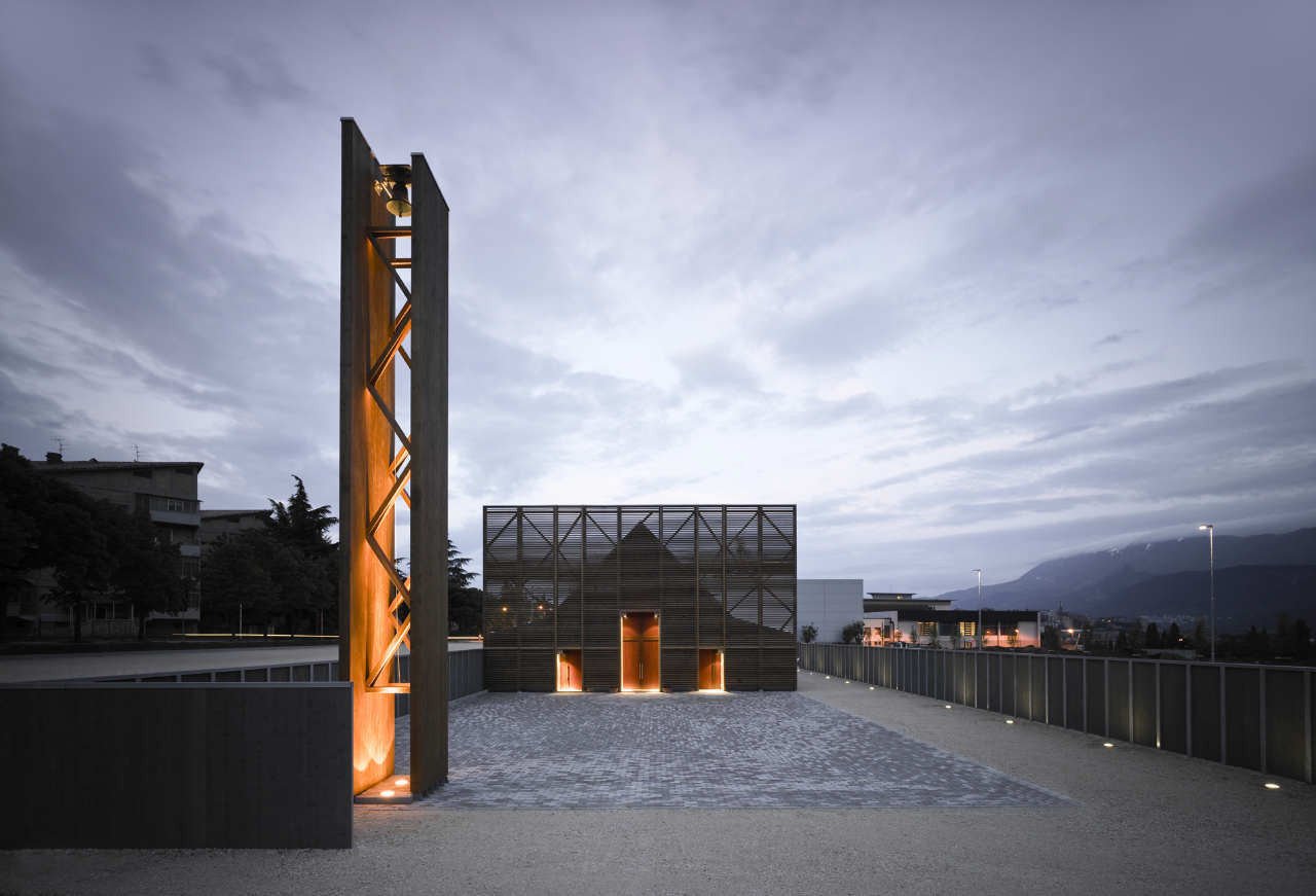 L'Aquila Church / Antonio Citterio Patricia Viel and Partners, © Leo Torri