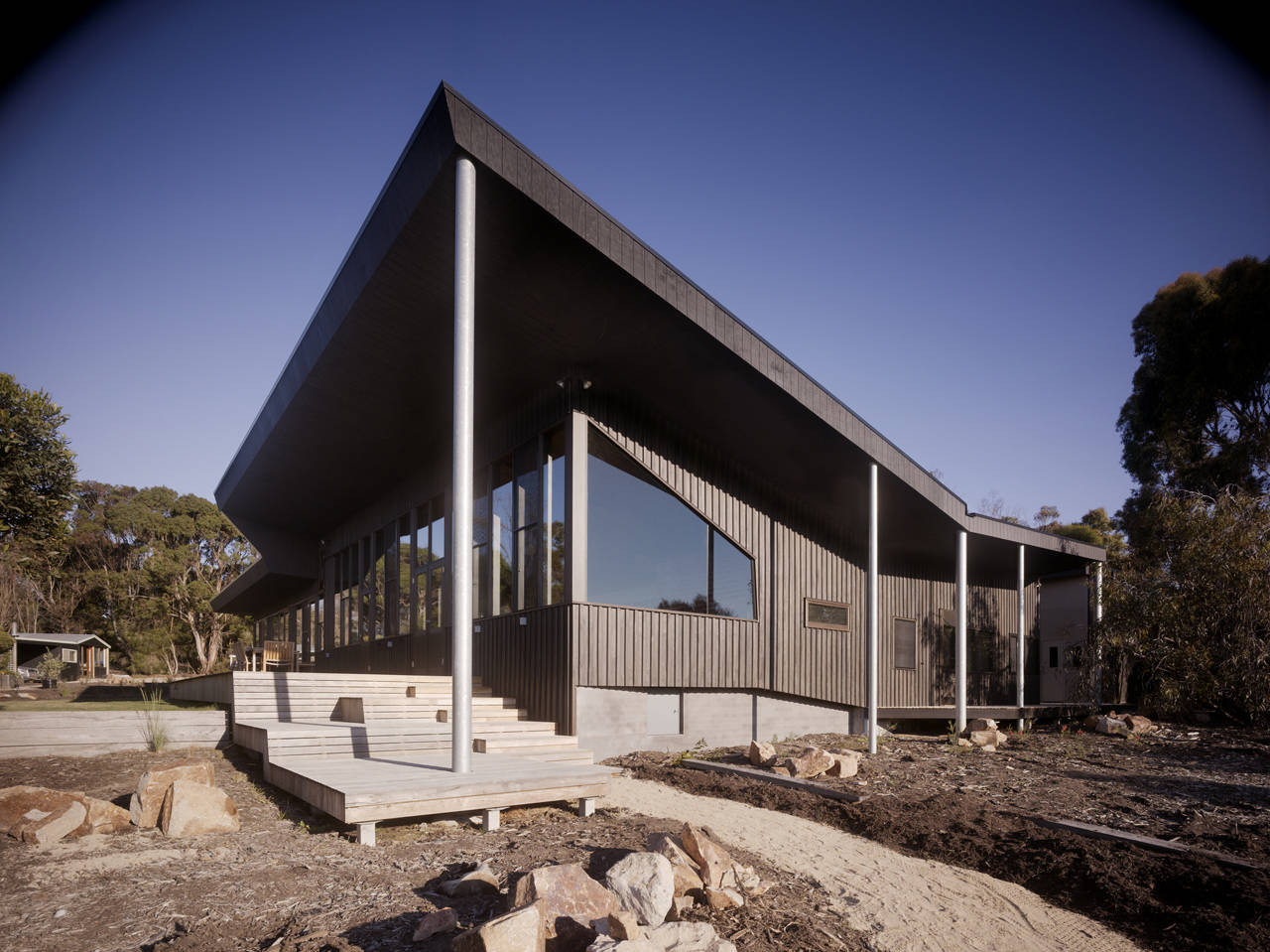 Courtyard House Somers / Opat Architects, Courtesy of  opat architects