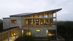 Coastal Residence / Bora Architects